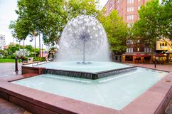 The El Alamein Memorial Fountain is an outstanding work of modernist design in water. It is State Heritage-listed. SYDNEY, AUSTRALIA. – On December 18 stock image