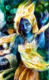 El alcohol azul del baile en traje de oro con energía se enciende, místico Foto de archivo