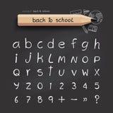 El alfabeto bosquejó estilo, de nuevo a escuela con la mano del garabato dibujada Imágenes de archivo libres de regalías