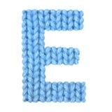 El alfabeto inglés de la letra E, colorea el azul Imágenes de archivo libres de regalías