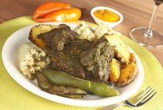 El alimento peruano llamó Pachamanca Imagen de archivo
