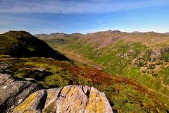 El alto derriba de Eagle Crag fotografía de archivo libre de regalías