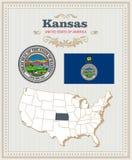 El alto vector detallado fijó con la bandera, escudo de armas Kansas Cartel americano Tarjeta de felicitación stock de ilustración