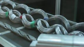 El alto voltaje del alambre almacen de video