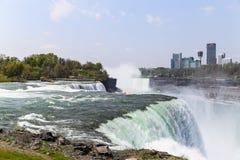 El americano se cae en Niagara Imagen de archivo libre de regalías