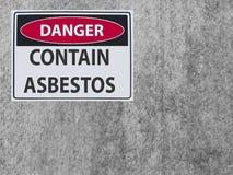 El amianto del peligro de la muestra de la etiqueta engomada contiene en la pared del amianto del yeso imagen de archivo