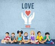 El amor adora la emoción del cuidado como concepto romántico cariñoso Foto de archivo libre de regalías