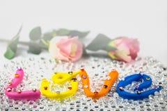 el amor de la palabra en el alfabeto colorido para la tarjeta del día de San Valentín Fotos de archivo
