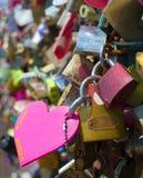 El amor padlocks en la torre de Seul en el parque de Namsan Foto de archivo