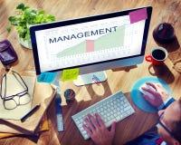 El análisis de la gestión representa concepto de las metas gráficamente del márketing de negocio imágenes de archivo libres de regalías