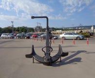 El ancla de mar grande en el puerto de Varna fotografía de archivo