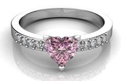 El anillo de bodas de la belleza Foto de archivo libre de regalías