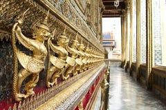 El animal del cuento de hadas del garuda de la estatua de tailandés Imagen de archivo
