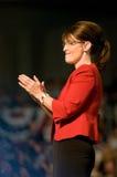 El aplaudir vertical de Sarah Palin del gobernador Fotos de archivo