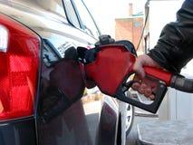 El aprovisionar de combustible de la bomba de gas Fotografía de archivo libre de regalías