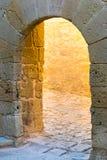 El arco de piedra antiguo Fotografía de archivo