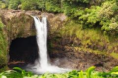 El arco iris cae Hilo Hawaii Foto de archivo libre de regalías