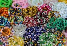 El arco iris colorea color de los repuestos del telar lleno Imagenes de archivo