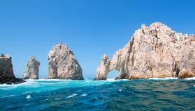 El Arco/Los Arcos som bågen på länder avslutar på Cabo San Lucas Baja Mexico Royaltyfria Foton