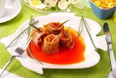 El arenque rueda en la salsa de la salsa para pascua foto de archivo