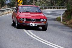 El arrinconar rojo de Alfa Romeo Fotografía de archivo libre de regalías