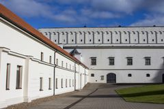El arsenal viejo en la ciudad vieja de Vilna lituania fotografía de archivo