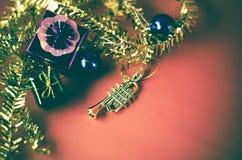 El artículo adorna para el árbol de navidad Foto de archivo