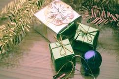 El artículo adorna para el árbol de navidad Fotografía de archivo