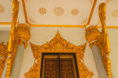 El arte de la entrada del templo Imágenes de archivo libres de regalías