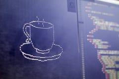 El arte del ASCII de la taza de la bebida y el HTML cifran a un lado Fotos de archivo