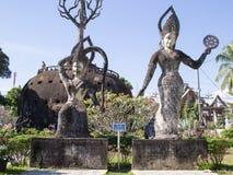 El arte del budismo Un montón de estatuas de Buda en el parque de Buda, Lao PDR de Vientián imagen de archivo libre de regalías