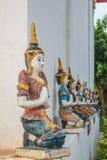 El arte del estilo tailandés de Lanna de la escultura del ángel para la iglesia adornada Fotos de archivo