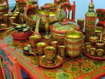 El arte tradicional ruso hizo la porcelana de madera de la arcilla del metal Foto de archivo libre de regalías