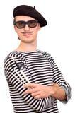 El artista con la boina y los cepillos Fotografía de archivo