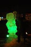 El artista crea una escultura de hielo Fotografía de archivo