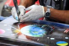 El artista drena un cuadro Foto de archivo