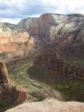 El aterrizaje del ` s del ángel que camina la trayectoria, Zion National Park, Utah Foto de archivo libre de regalías