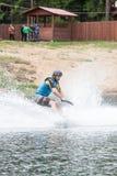 el atleta entra para wakeboarding el 28 de mayo de 2016 Fotos de archivo