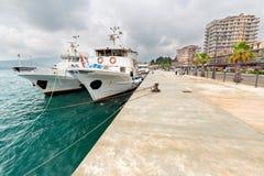 El atracar en el puerto Foto de archivo