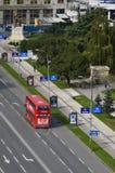 El autobús del autobús de dos pisos diseñó especialmente para el transporte público de Skopje fotografía de archivo