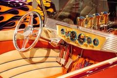 El automóvil descubierto 1925 de Ford Altered T de la naranja llamó a Golden Star Imagen de archivo