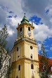 El ayuntamiento en Bratislava Foto de archivo
