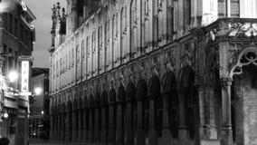 El ayuntamiento en la ciudad de mechelen imagenes de archivo
