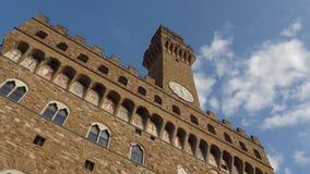 El ayuntamiento histórico de Florence Italy llamó Palazzo Vecchio en el cuadrado de ciudad principal - Toscana almacen de metraje de vídeo