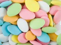 El azúcar cubrió las almendras. Fotos de archivo libres de regalías