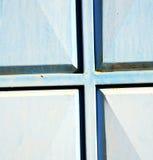 el azul articula Marruecos oxidado en África el faca de madera viejo Foto de archivo libre de regalías