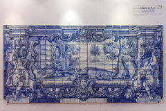 El azul de Azulejos de las fábulas de Fontaine del La teja Portugal Fotos de archivo