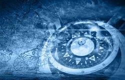 El azul envía el ejemplo de la navegación con el compás Foto de archivo libre de regalías