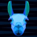 El azul glaring brillante geométrico poligonal abstracto coloreó el retrato de la llama para el uso en diseño ilustración del vector
