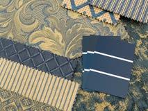 El azul y el oro imprimen plan de la decoración interior imagenes de archivo